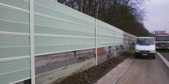 Réparation Mur Anti Bruit Métal Perforé